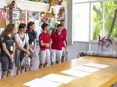 Die Klasse 12 de Deutschen Schule Chiang Mai besucht IGS-HCMC