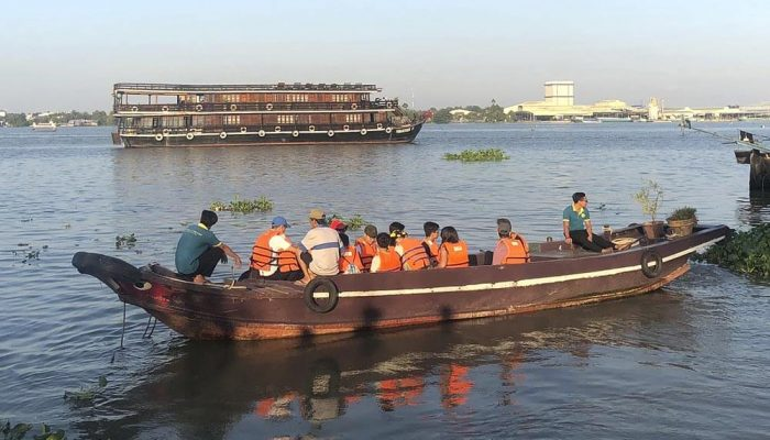 IGS research vessel and excursion to the Mekong Delta
