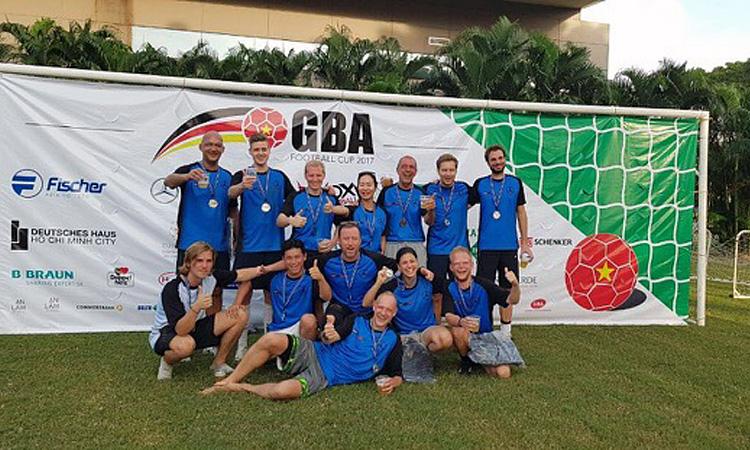 Fußballtunier der German Business Assoziation 2017: Team IGS und Firma B Braun