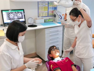 Besuch an der German Dental Clinic Saigon