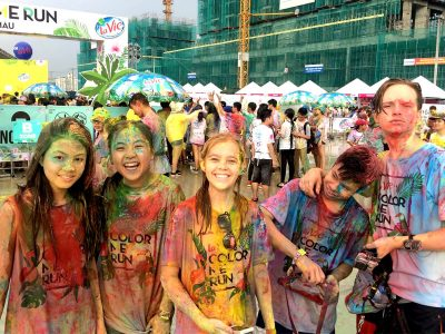 Schüler der Sekundarstufe I beim Color Run